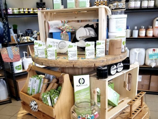 Bulk zero waste ecological store Boutique Eco Vrac Lacolle Quebec Ulocal local product local purchase