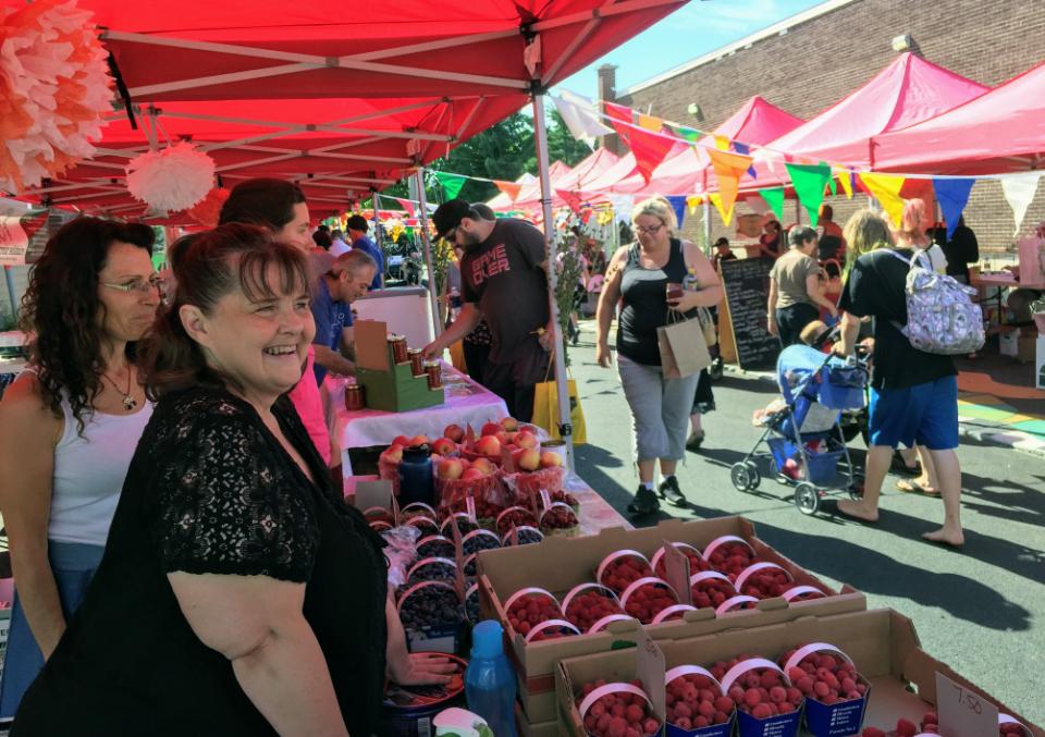 Public Markets Coeur de Carotte Cowansville