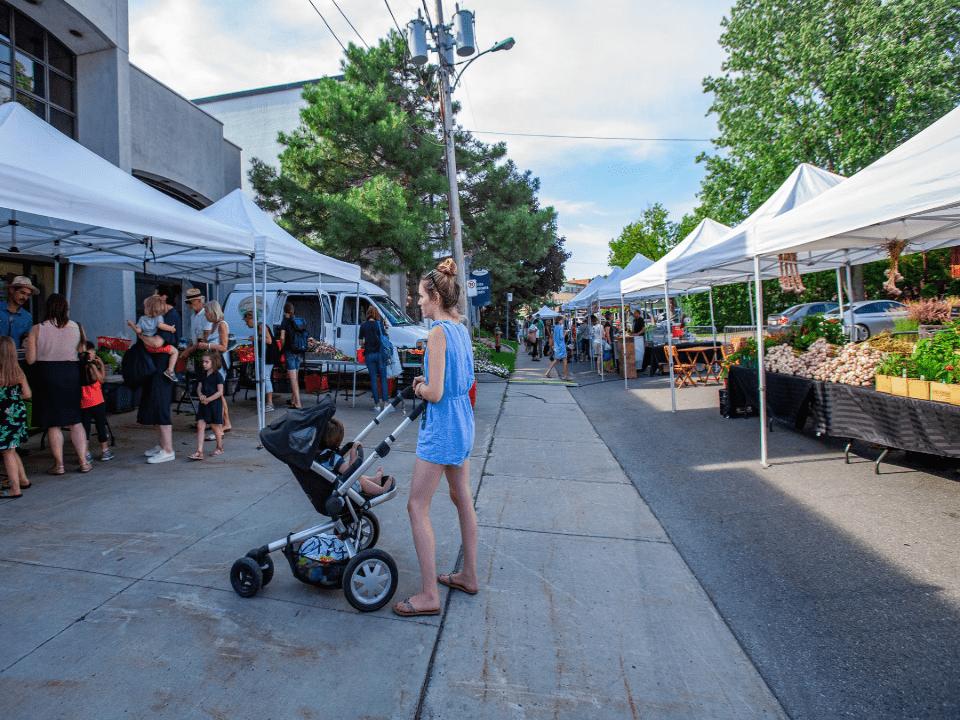 Public Markets Marché d'ici St-Lambert