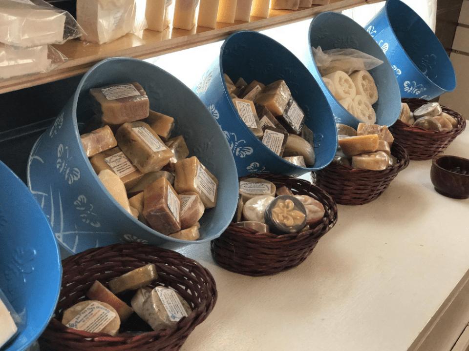 Artisan Savonnerie au Pays des Bleuets Rivière-Éternité