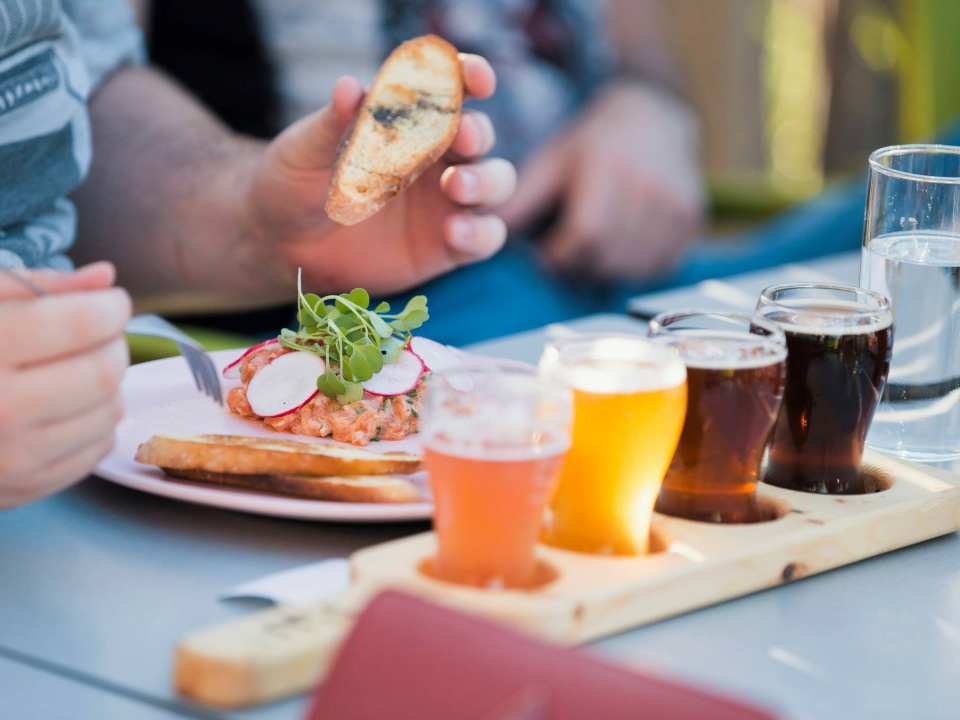 Microbrasserie Brasserie Éléments Brossard Bières artisanales