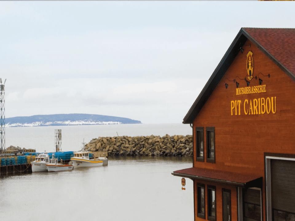Microbrewery Pit Caribou Cap-d'Espoir Craft beer