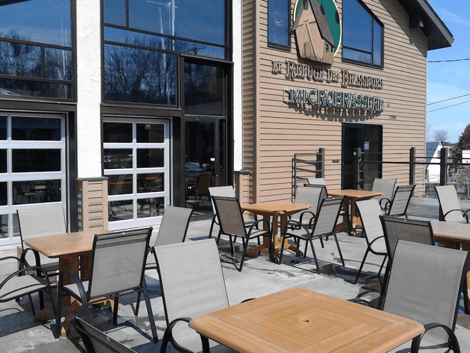 Microbrewery Refuge des Brasseurs Sherbrooke Terrace