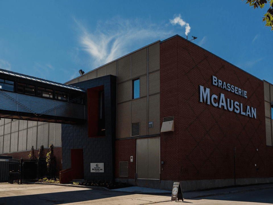 Microbrewery Brasserie McAuslan - St-Ambroise Montréal