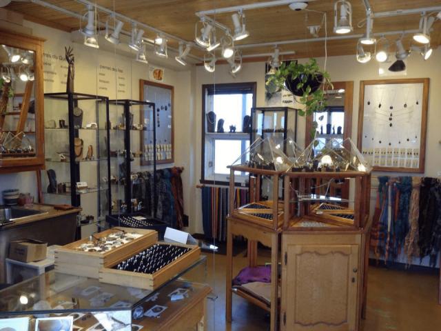 Artisan boutique joaillier Atelier-boutique Limaçon Havre-Aubert Ulocal produit local achat local