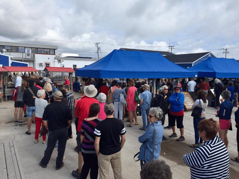 Marché Public Marché du Village Cap-aux-Meules Ulocal produit local achat local