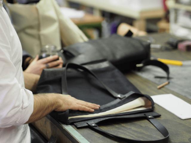 Bijoux et accessoires sacs à main vêtements Atelier Martin Dhust Montréal Ulocal produit local achat local