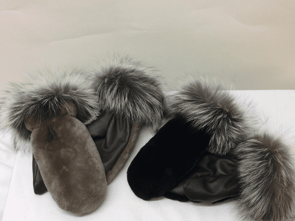 Clothing accessories hat mitts Furs Audet Sainte-Justine Ulocal local product local purchase
