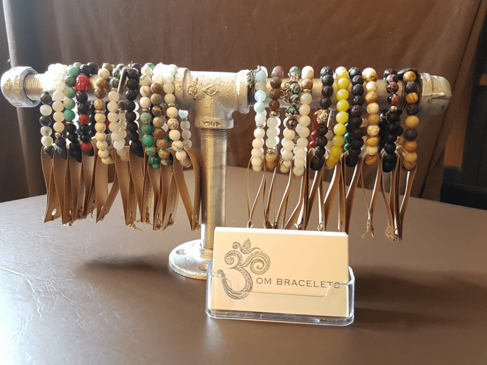 Jewelry and accessories OM Bracelets Pointe-Claire Ulocal local product local purchase