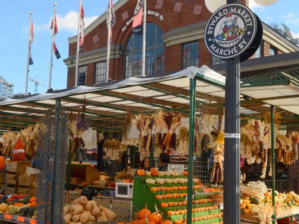marché kiosques ByWard Market Ottawa Ulocal produit local achat local