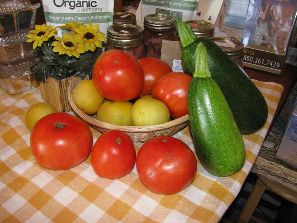Boutique tomatoes zucchini Ferme Dagenais Embrun Ulocal local product local purchase