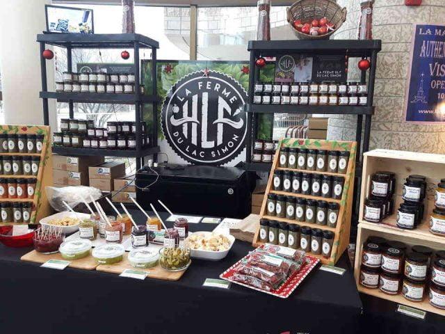 Marché de fruits et légumes kiosque Ferme HLF Chénéville Ulocal produit local achat local