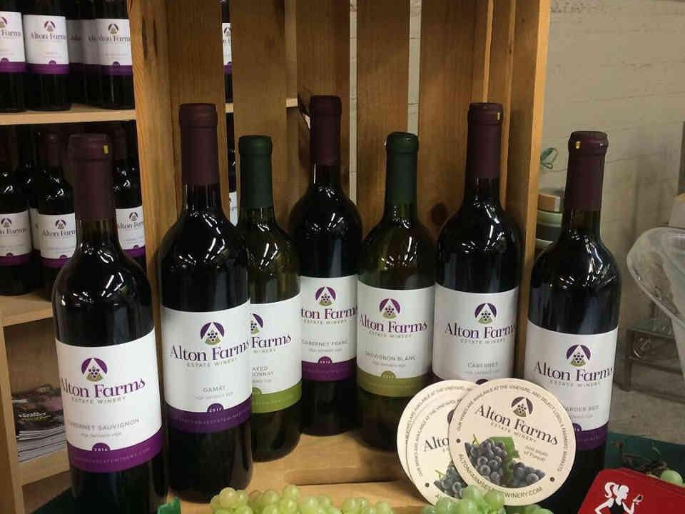 Vignoble bouteilles de vin Alton Farms Estate Winery Plympton-Wyoming Ulocal produit local achat local