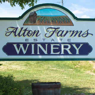 Vineyard sign Alton Farms Estate Winery Plympton-Wyoming Ulocal Local Product Local Purchase