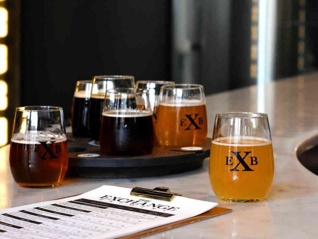 Microbrasserie verres bière The Exchange Brewery Niagara-on-the-Lake Ulocal produit local achat local