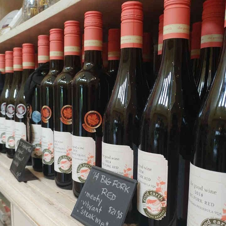 Vignoble bouteilles de vin The Good Earth Food and Wine Company Lincoln Ulocal produit local achat local