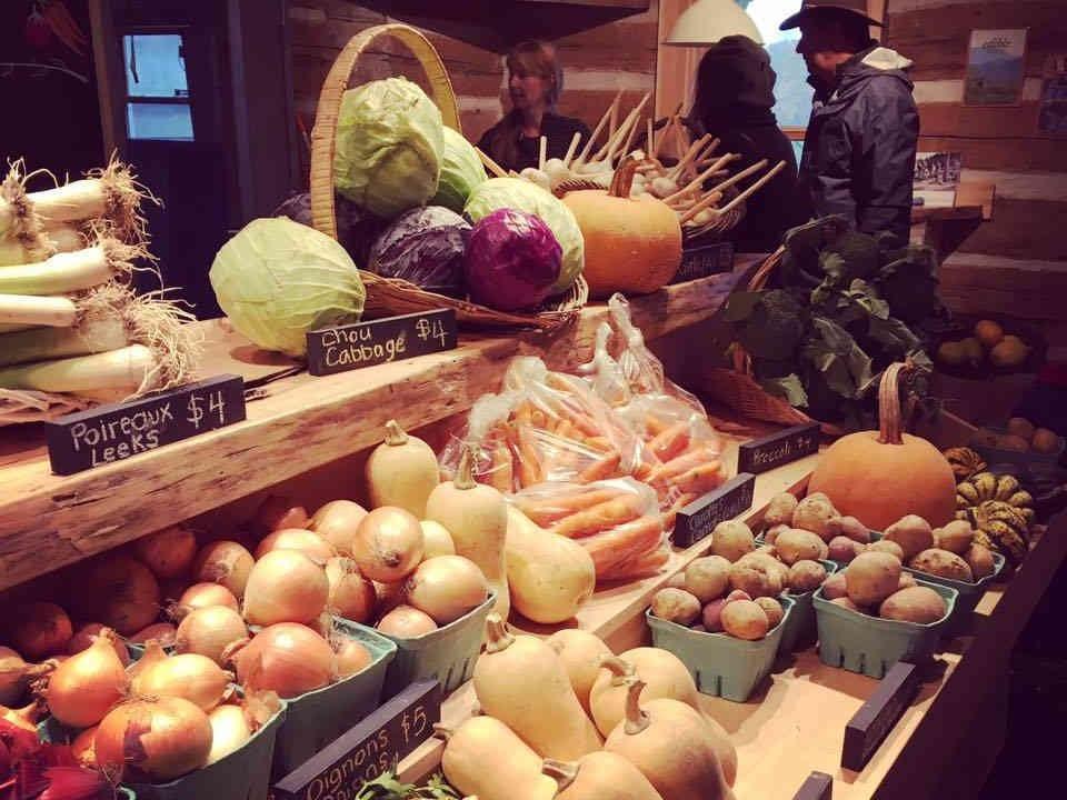 Marché de fruits et légumes étalage légumes Juniper Farm Wakefiled Ulocal produit local achat local