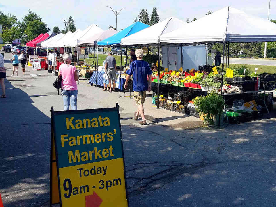 Public Market kiosks Kanata Farmers' Market Ottawa Ulocal local product local purchase
