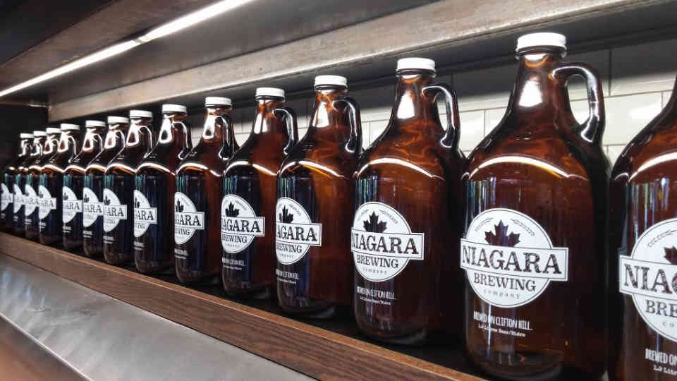 Microbrewery beer growler Niagara Brewing Company Niagara Falls Ulocal local product local purchase