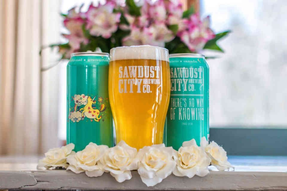 Microbrasserie bières Sawdust City Brewey Company Gravenhurst Ulocal produit local achat local
