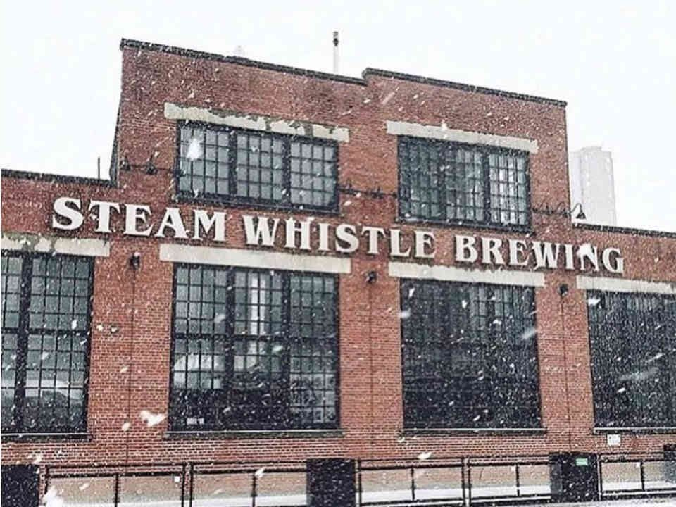 Microbrewery Store Steam Whistle Brewing Toronto Ulocal Local Product Local Purchase