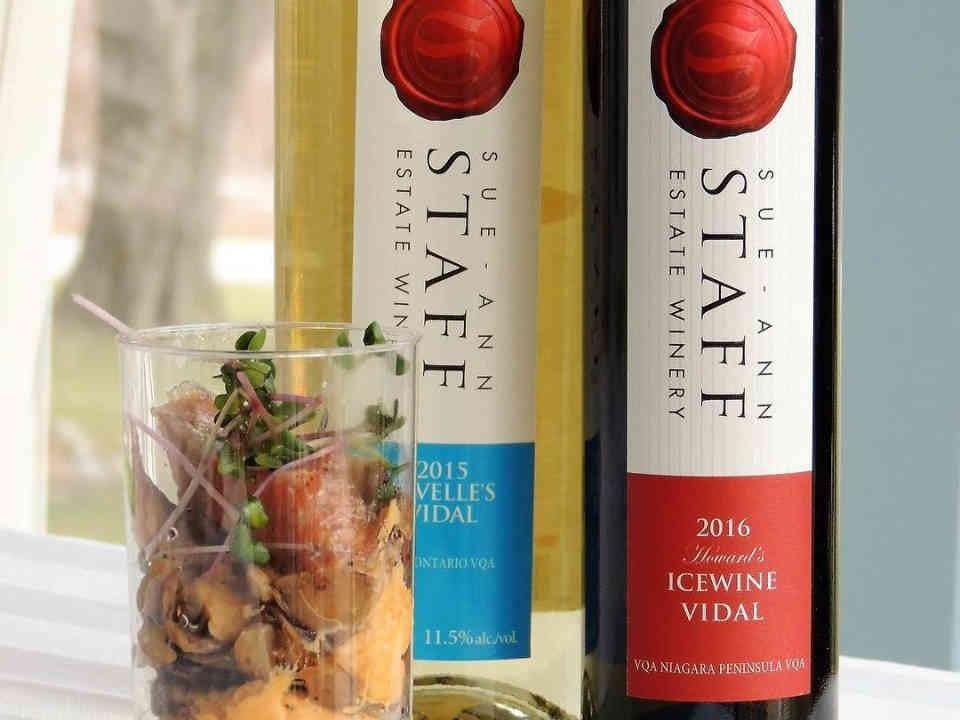 Vignoble bouteilles de vin Sue-Ann Staff Estate Winery Lincoln Ulocal produit local achat local