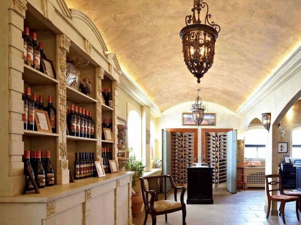 Vineyard retail shoppe The Foreign Affair Winery Lincoln Ulocal local product local purchase