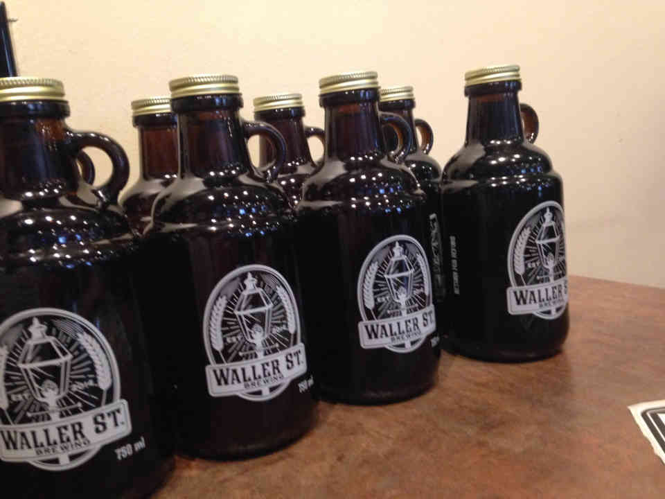 Microbrewery beer growler Waller Street Brewing Ottawa Ulocal local product local purchase