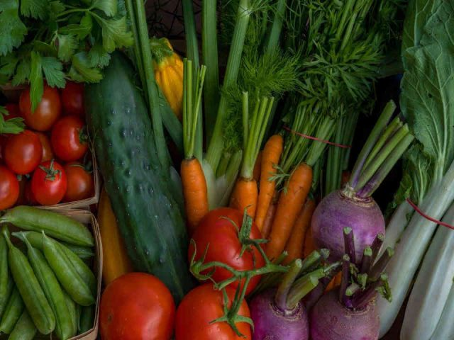 Farmers Family Organic Fruit and Vegetable Baskets Organic Artisan Vegetable Farmer Barnston West Ulocal Local Product Local Purchase