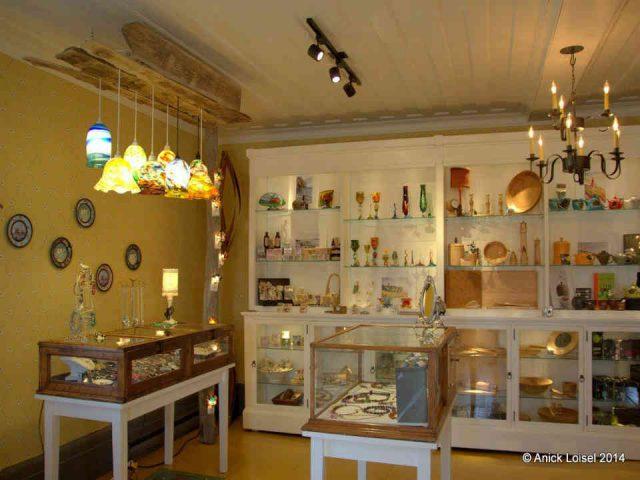 Boutique artisans Boutique La Morue Verte du Manoir Le Boutillier Gaspé Ulocal produit local achat local