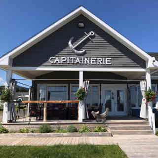 Lobster restaurant La Capitainerie Rivière-la-Madeleine Ulocal local product local purchase