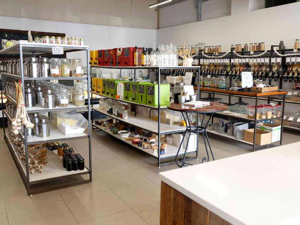 Ecological shop zero-waste grocery Organic Space Longueuil Ulocal local product local purchase