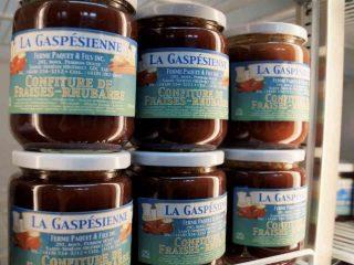Fruits et légumes vente de viandes Ferme Paquet & Fils Saint-Siméon-de-Bonaventure Québec Canada Ulocal produit du terroir produit local achat local