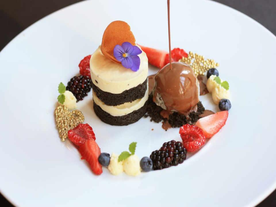 restaurant nourriture gateau dessert minami vancouver colombie britannique canada ulocal produit local achat produit local produit du terroir locavore