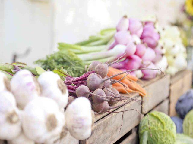 Fermiers de famille fruits et légumes bio paniers bio Racines & Chlorophylle Stoke Ulocal produit local achat local