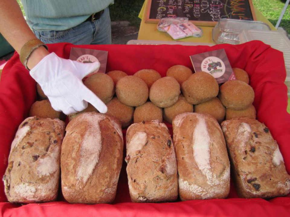 Public Market breads Maxville Farmers' Market Maxville Ontario Canada Ulocal Local Product Local Purchase