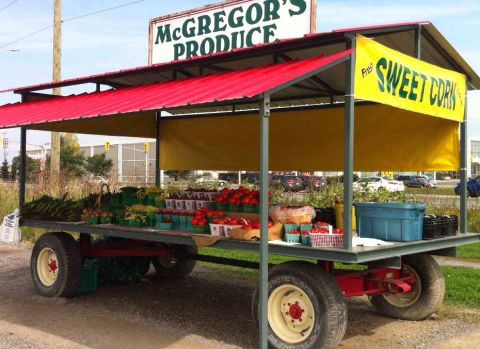 Produces Market kiosk Basket McGregor's Produce Braeside Ontario Canada Ulocal Local Product Local Purchase