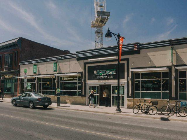 Épicerie épicerie McKeen Metro Glebe Ottawa Ontario Canada Ulocal produit local achat local
