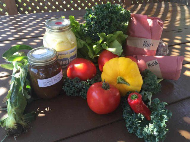 Marché public légumes Pembroke Farmers' Market Pembroke Ontario Canada Ulocal produit local achat local
