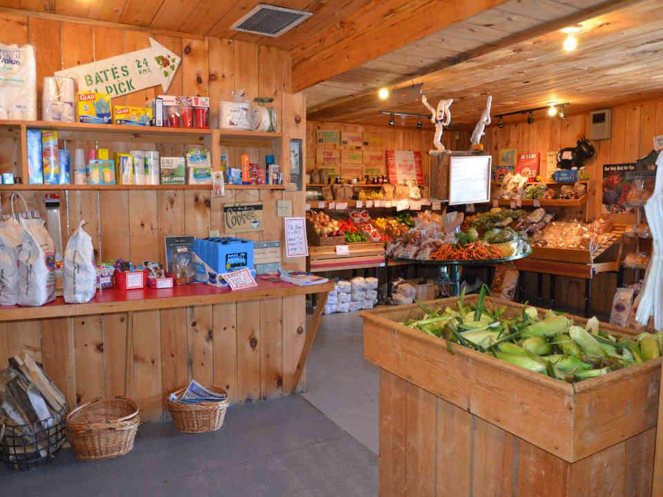 Marché de fruits et légumes autocueillette Bates Landing Long Point Nouveau-Brunswick Ulocal produit local achat local produit terroir