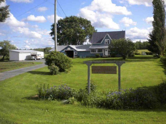 Fermiers de famille fruits et légumes viandes Bunker Hill Farm Rusagonis Nouveau-Brunswick Ulocal produit local achat local produit du terroir