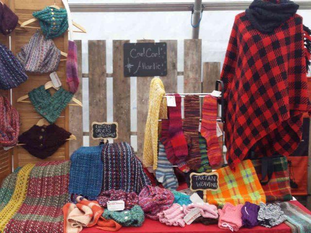 Artisan fait à la main laine vêtements Can! Can! Atlantic Saint John Nouveau-Brunswick Canada produit local achat local