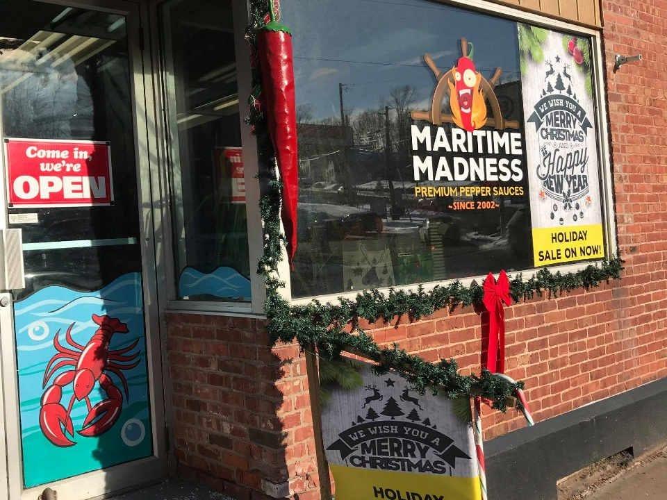 Alimentation boutique d'aliment sauce piquante Maritime Madness Montague Prince Edward Island Canada produit local achat local