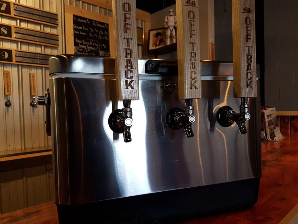 microbrasseries distributeur de bière en fût off track brewing bedford nouvelle-écosse canada ulocal produits locaux achat local produits du terroir locavore touriste