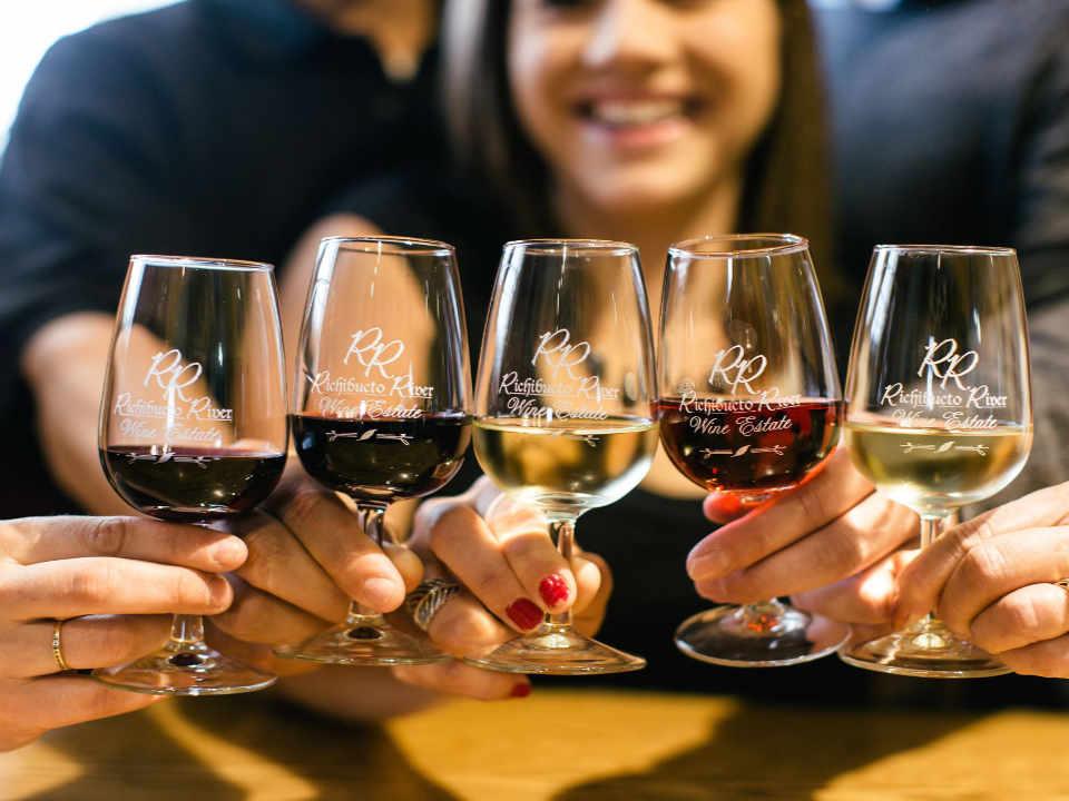 Vignobles vins alcool Richibucto River Wine Estate Mundleville Nouveau-Brunswick Ulocal produit local achat local produit terroir