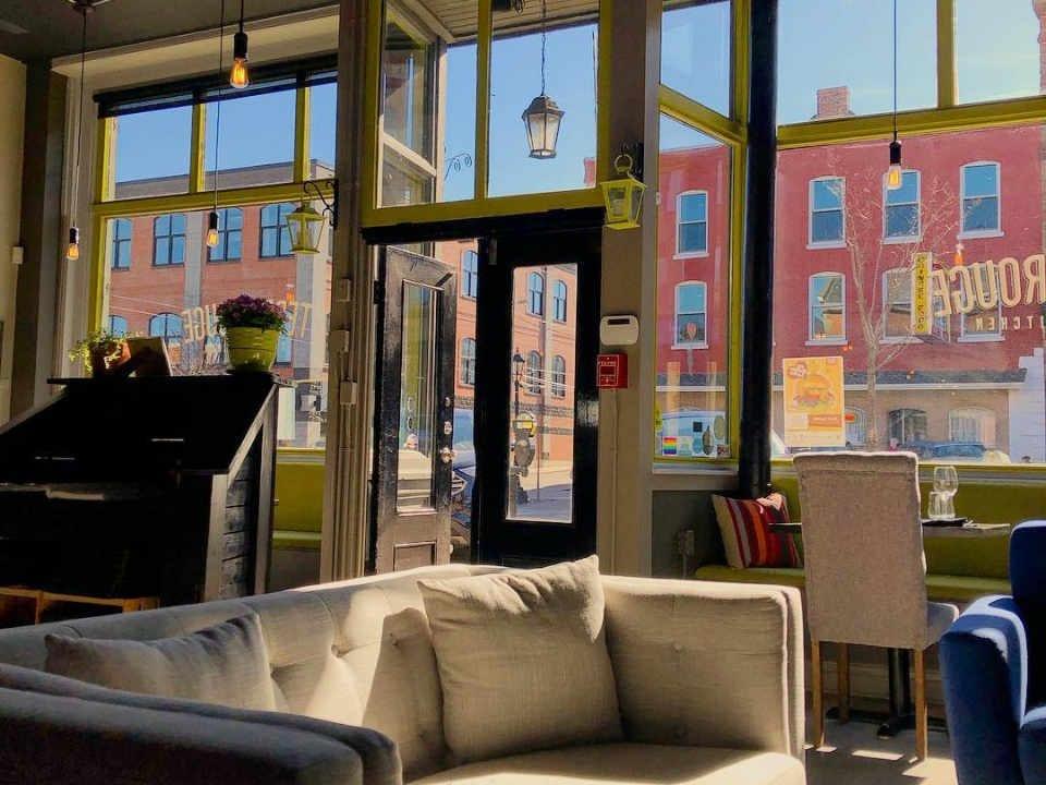 Restaurant Terre Rouge Charlottetown Prince Edward Island Ulocal produit local achat local produit terroir
