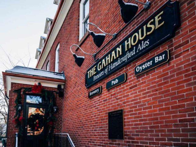 Microbrasserie alcool restaurant The Gahan House Charlottetown Prince Edward Island Ulocal produit local achat local produit terroir
