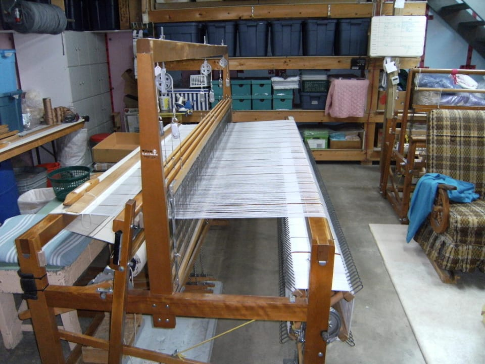 Craftsmen weaving placemats Weaving MaGéLy Weaving Drummond New Brunswick Ulocal local product local purchase