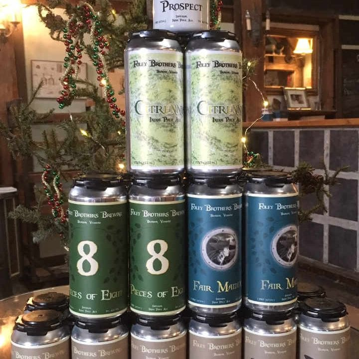 Microbrasserie canettes de bière Foley Brothers Brewing Brandon Vermont États-Unis Ulocal produit local achat local