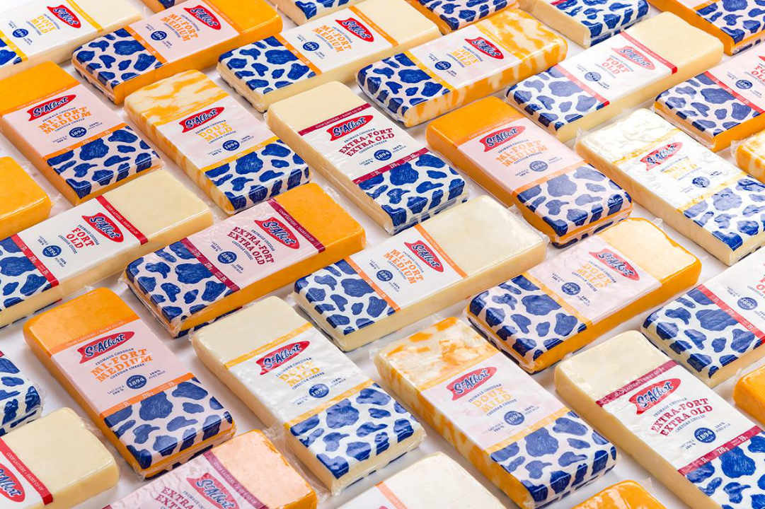 Cheese Factory cheddar cheeses Fromagerie St-Albert St-Albert Ontario Canada Ulocal local product local purchase